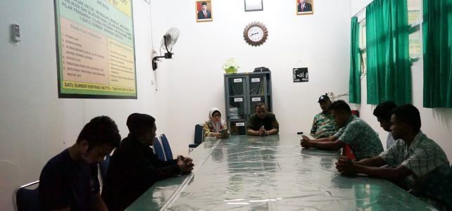 Tingkatkan Keamanan Kampus, Dekan FHIL UHO Menggelar Rapat bersama Security FHIL